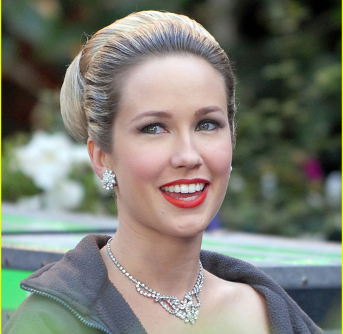 Anna Camp, The Help the movie, Kathryn Stockett's The Help book, Paul Giamatti, Kristin Wiig, Piper Perabo, Pretty Bird DVD, Covert Affairs, Mad Men, True Blood, Glee, The Office, Sarah Newlin, Sookie Stackhouse